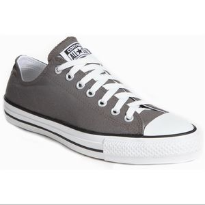Converse All Star Men Shoes size 9